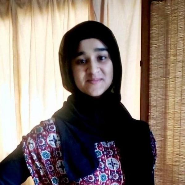 Expat Zahra Zuhair