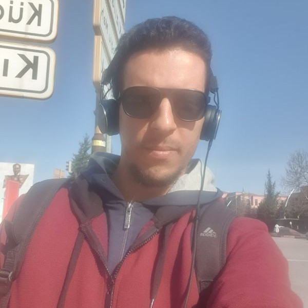 Expat Ahmed Eltalhi